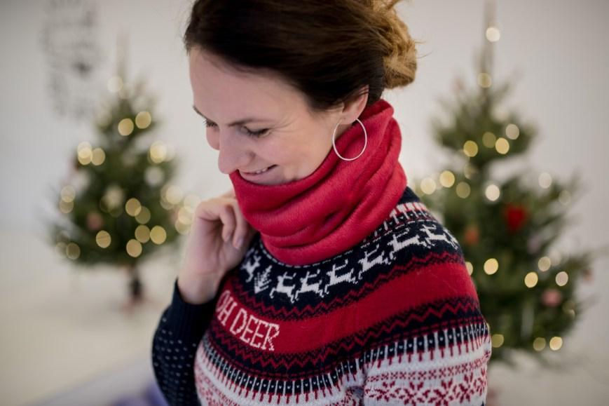 Šiltas raudonas šalikas - kaklo šildukas žiemai