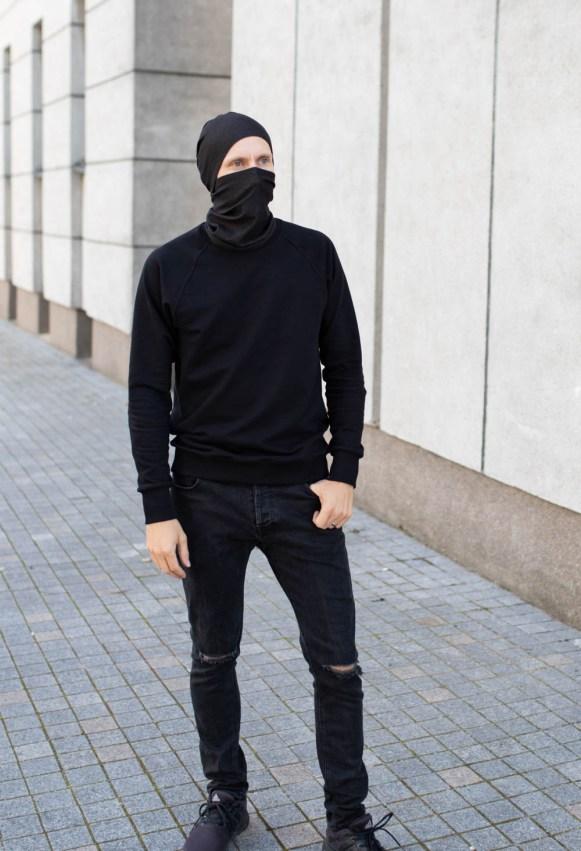 Plona juoda kepurė vienguba