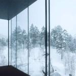 Įspūdinga trobelė norvegų fiorde