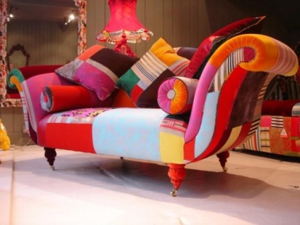 spalvota-sofa1