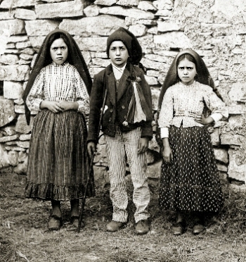 children of fatima, lucia, francisco, jacinta, 1917
