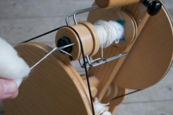 hand spinning alpaca yarn