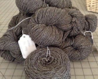 Handspun shetland wool yarn