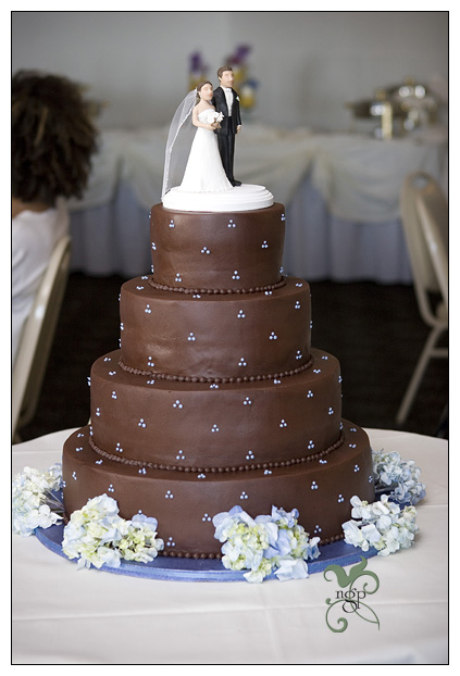 Most wedding cakes for the holiday  Chocolate wedding cake frosting Chocolate wedding cake frosting