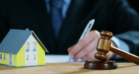 Why Should You Hire A Real Estate Attorney? - Floral Alteratives