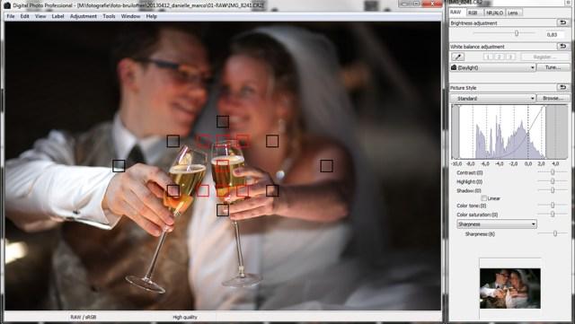 Het scherpstellen van een foto, door de camera zelf de juiste punten te laten selecteren.