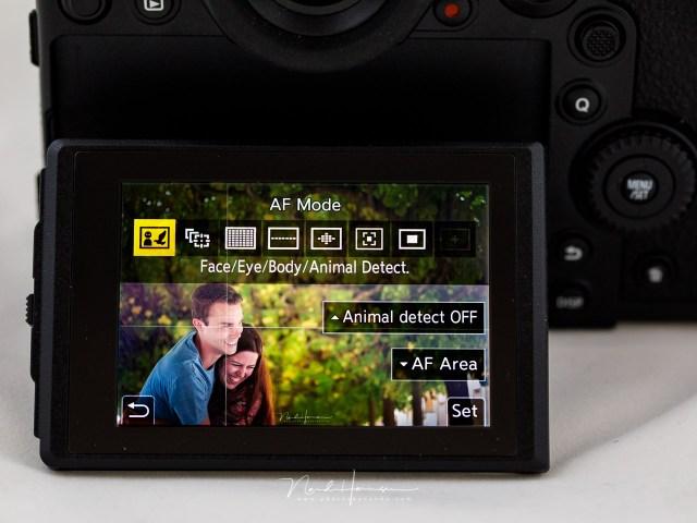 Het scherpstellen van een foto is met oog-AF, gezichts-AF en lichaams-AF heel makkelijk