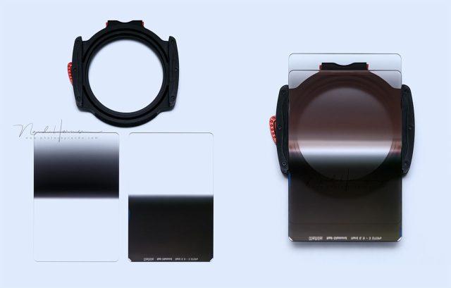 De Haida M10 houder met de twee gradient filters (links reverse 0,9GND, rechts hard 0,9GND), en hoe ze in de houder zitten. Dit is creatief gebruik van meerdere grijsverloopfilters