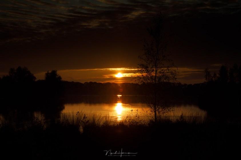 zonsondergang met onderbelichting
