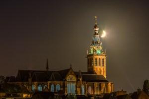 In het donker de maan fotograferen