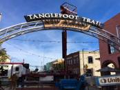 New Albany MS Tanglefoot Trail signs