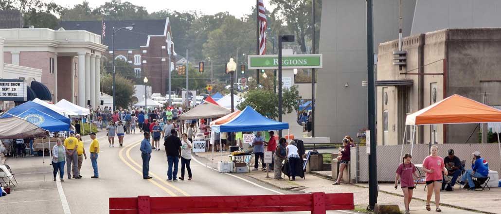 New Albany MS Tallahatchie riverfest downtown