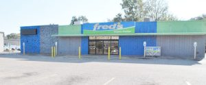 The exterior of Fred's