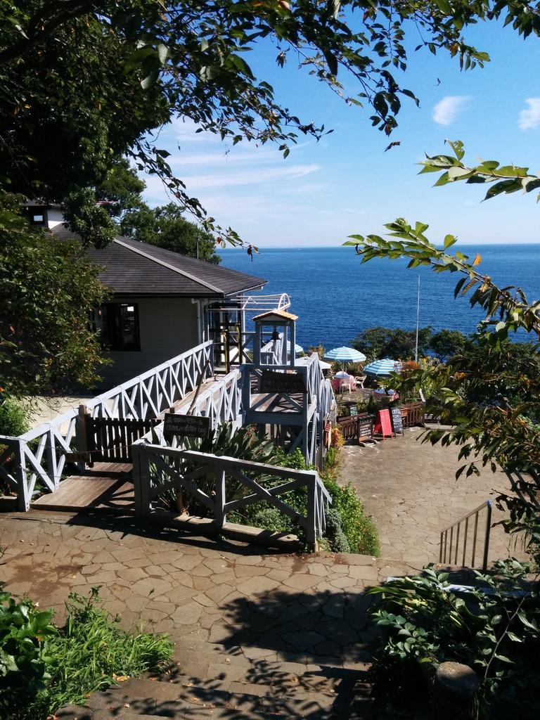 Restaurant on the cliffside of Manazuru