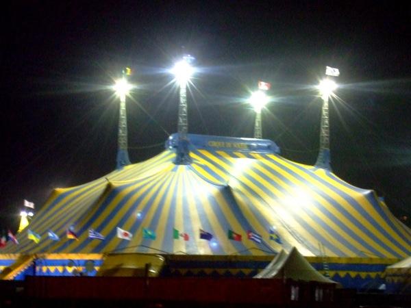 il tendone del Cirque du Soleil a Bruxelles