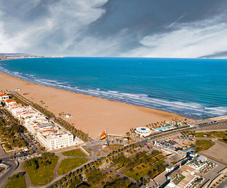 hotel cerca de la playa de valencia