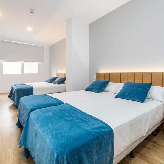 hotel valencia puerto habitación cuadruple