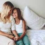 σχέση μαμάς και κόρης