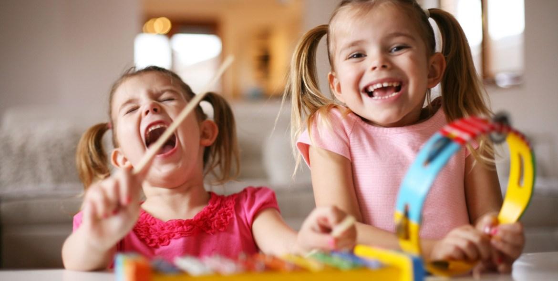 babysitter, κλειστά σχολεία, κανόνες, Κλειστά σχολεία-Κορωνοϊός: 10 κανόνες από μια μαμά
