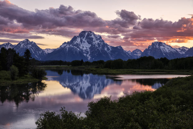 Oxbow Bend Sunset: Tamron SP24-70mm G2 – 70mm, 1/10 sec, f/8 @ ISO 100