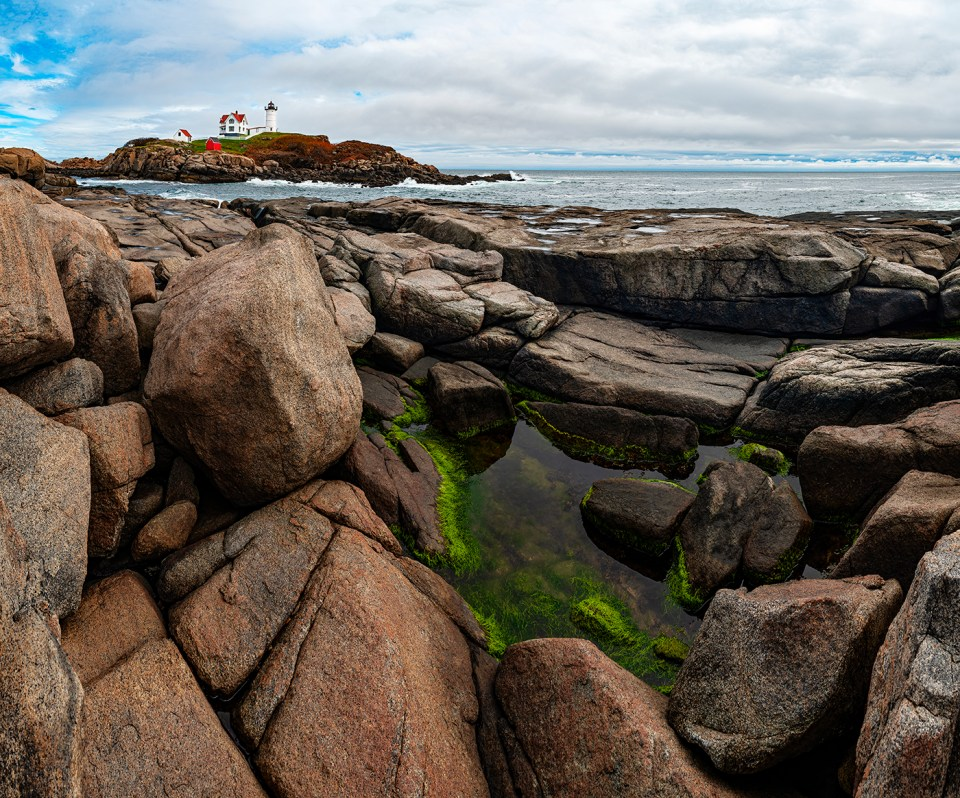 Vertical Panorama of Nubble Light, Maine, Nikon D700, Nikkor 50mm f/1.4, 1/250 @ f/16, 18 Photos, 2 Rows © David Skernick