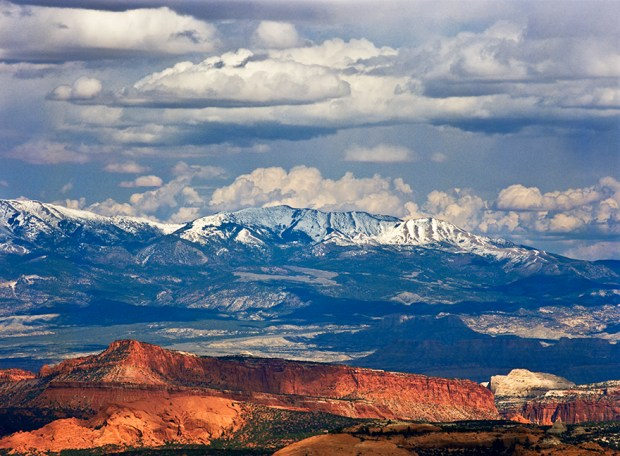 Waterpocket Fold is Capitol Reef's hallmark geological feature.