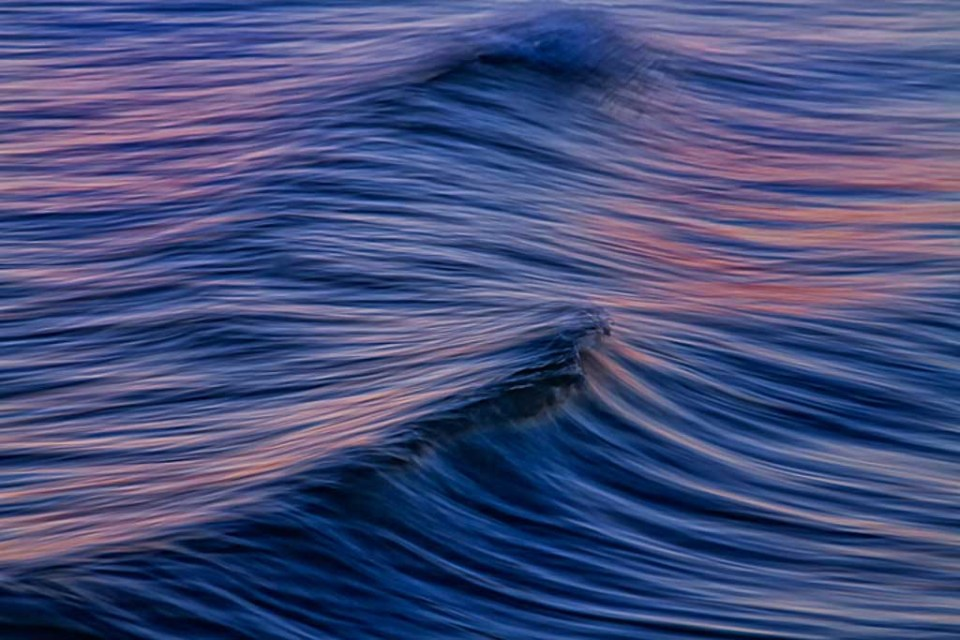 The Wave by David DesRochers