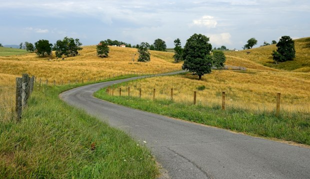 re-Country-Road-in-Monroe-County-West-Virginia-c-Jim-Clark