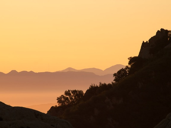 Sunrise, Castro Crest, Santa Monica Mountains. Image © Rob Sheppard.