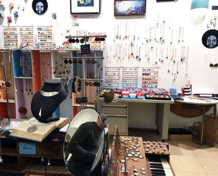 La boutique de créateurs du centre Beaulieu à Nantes fait la part belle aux bijoux
