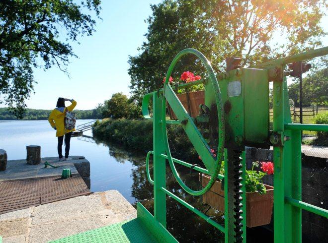 Ecluse sur le canal de Nantes à Brest à Fégréac