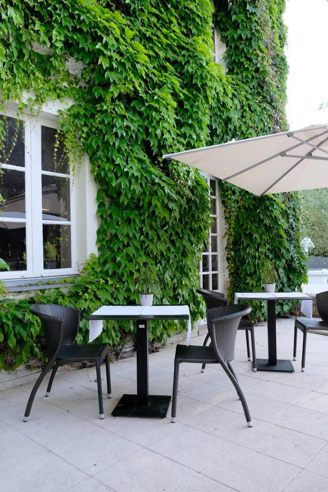 Repas gourmand au restaurant gastronomique Le manoir de la régate à Nantes