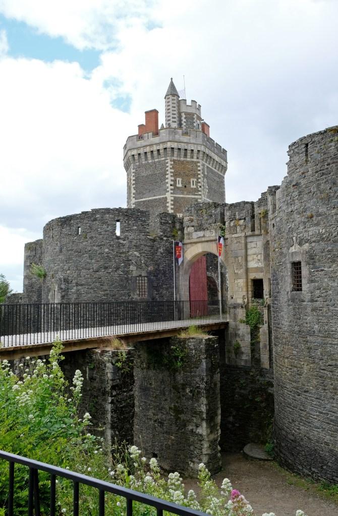 La Tour d'Oudon et son Château