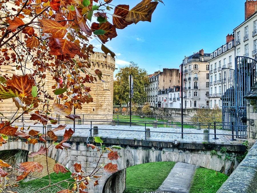 Le Château des ducs de Bretagne en automne