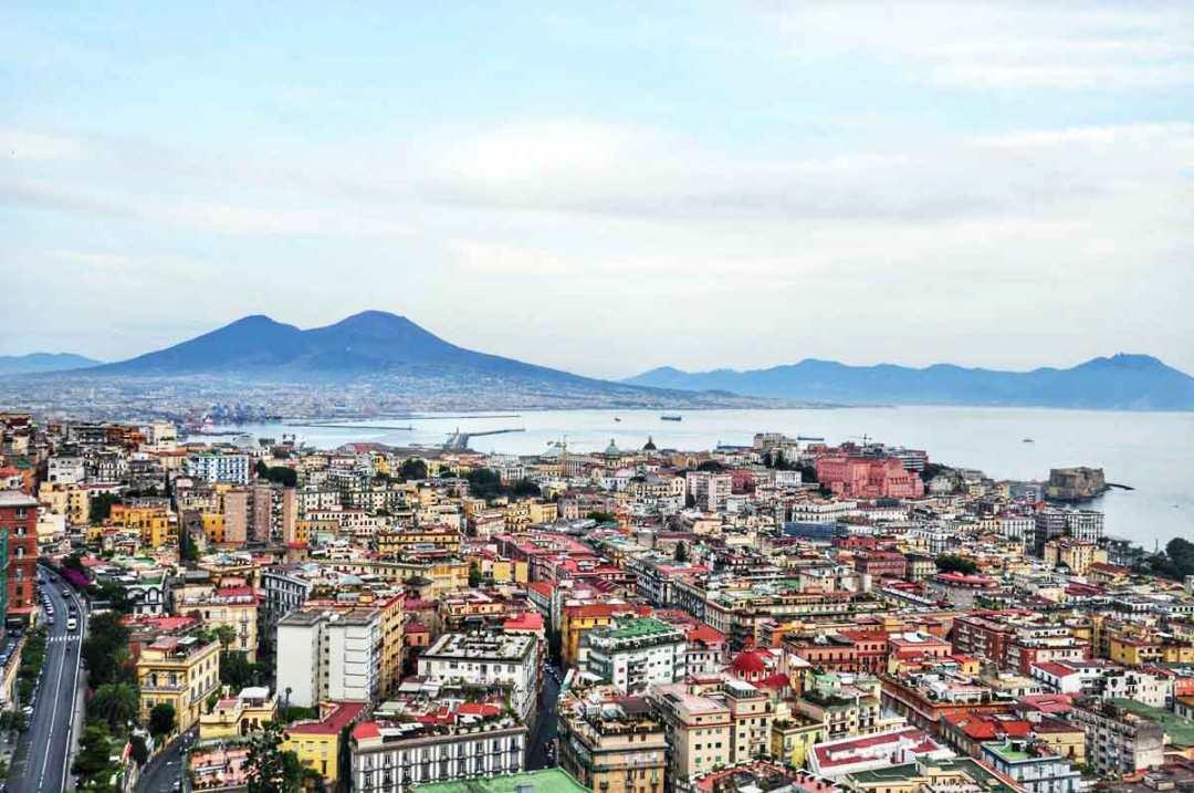 Napoli oggi, capitale sud Italia
