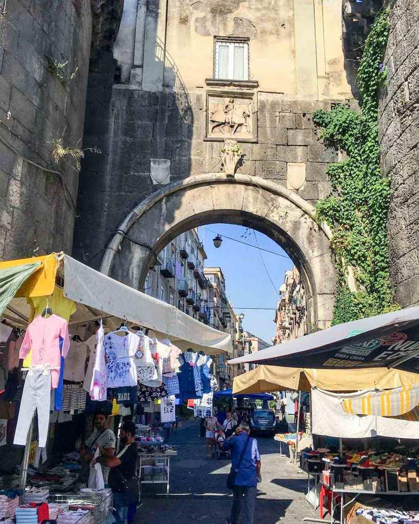 Porta Nolana Napoli