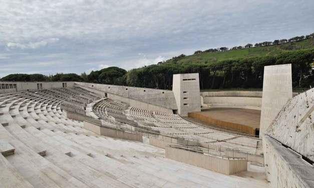 L'Arena Flegrea: il teatro all'aperto di Napoli