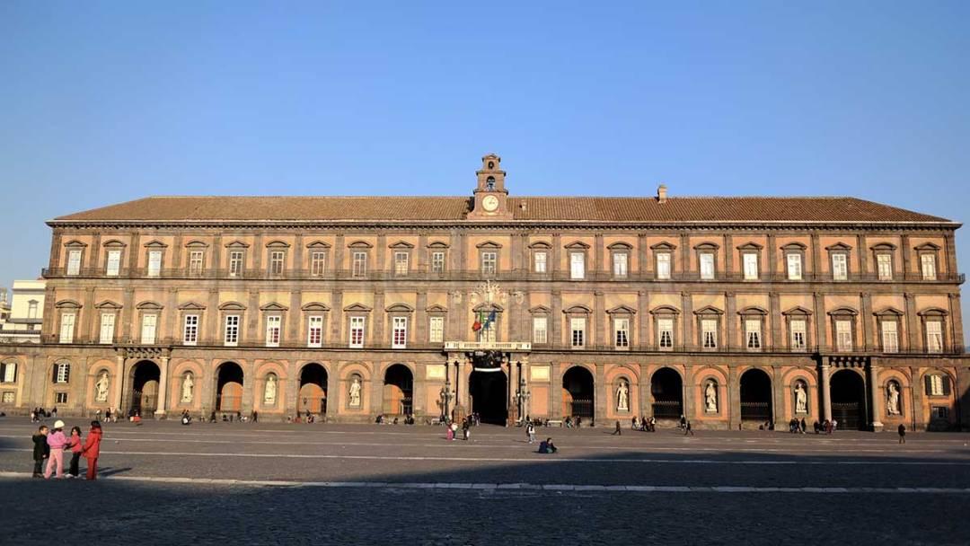 Palazzo Reale di Napoli: la Facciata
