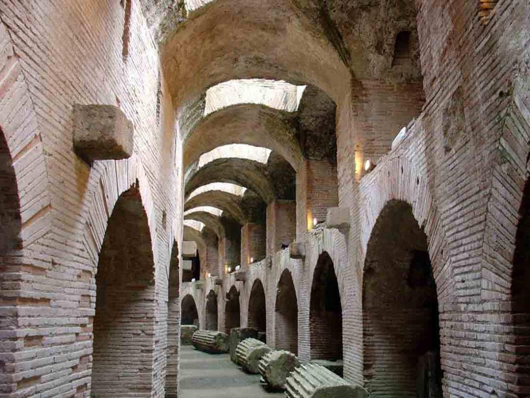 Anfiteatro Flavio Sotterranei