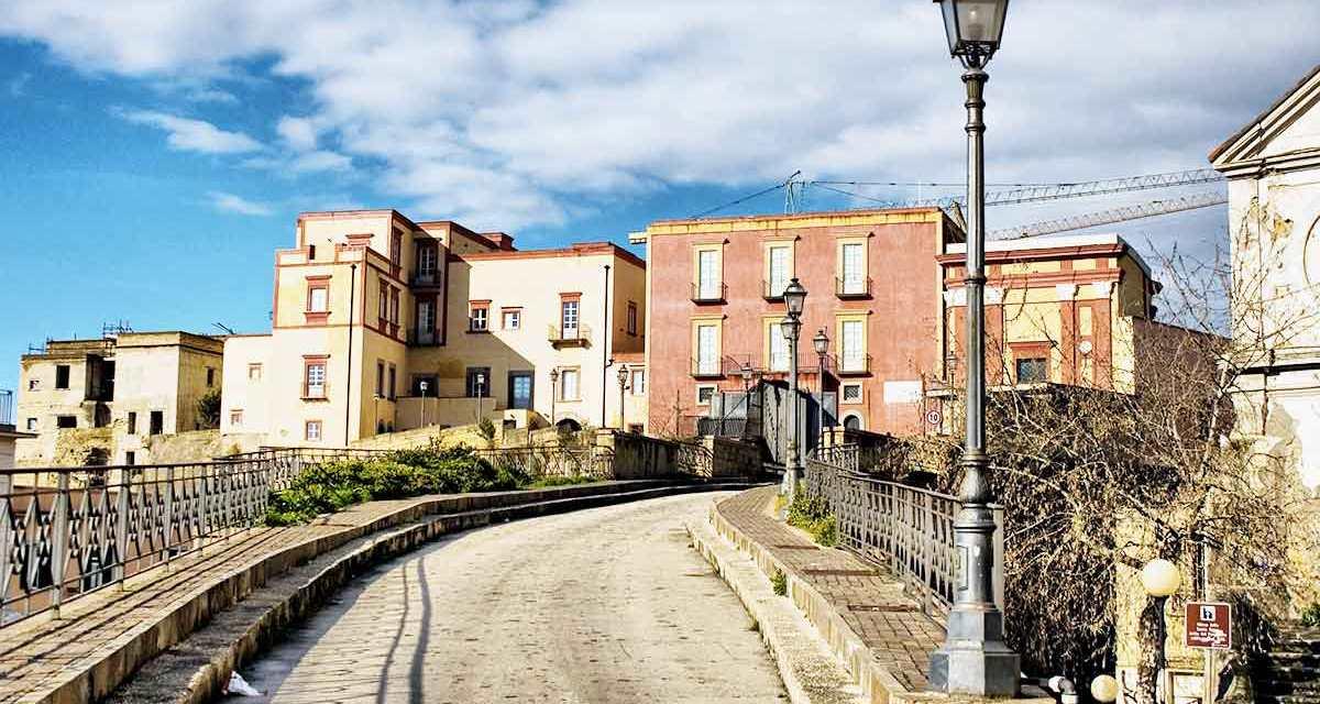 Rione Terra di Pozzuoli, storia e info utili