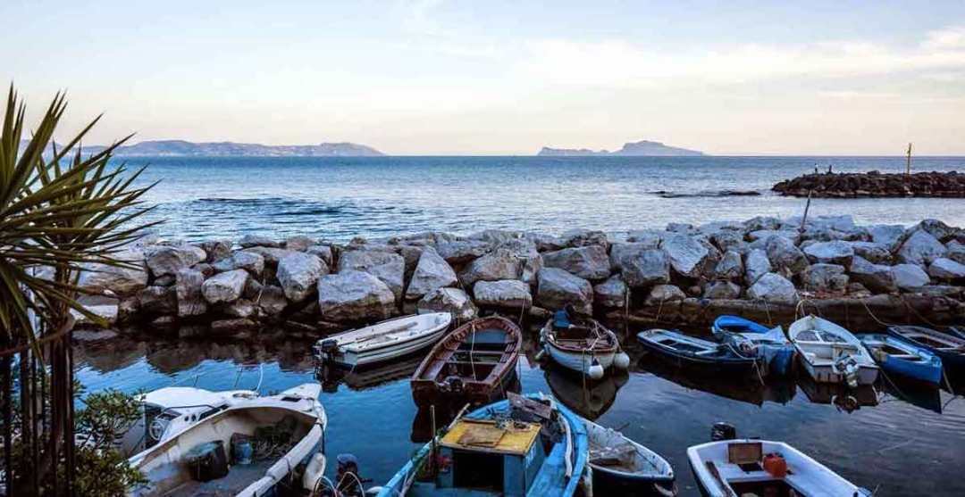 Marechiaro Napoli, meraviglioso borgo di pescatori affacciato sul ...