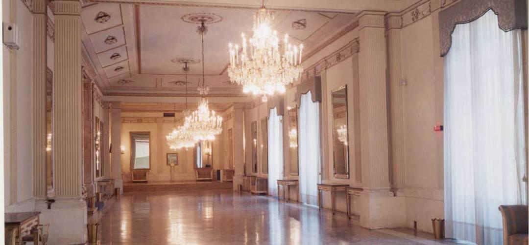 Natale dei 100 Alberi d'Autore al Teatro San Carlo