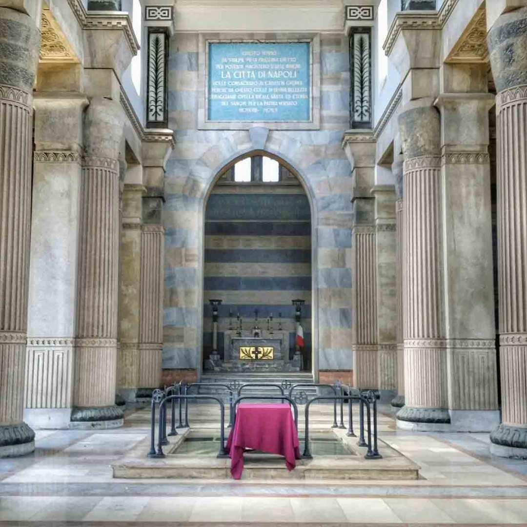 Mausoleo Schilizzi interno