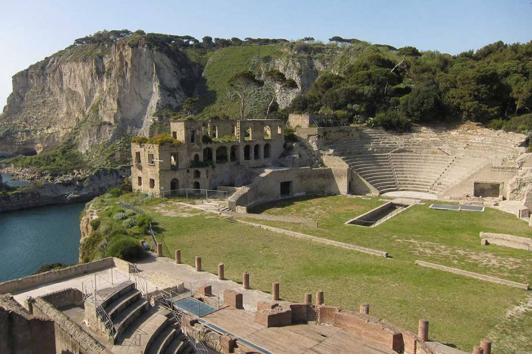 Family Tour dell Epifania Parco Archeologico del Pausilypon