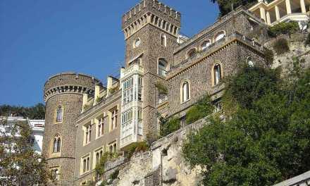 Lamont Young, padre del castello Aselmeyer e di villa Ebe