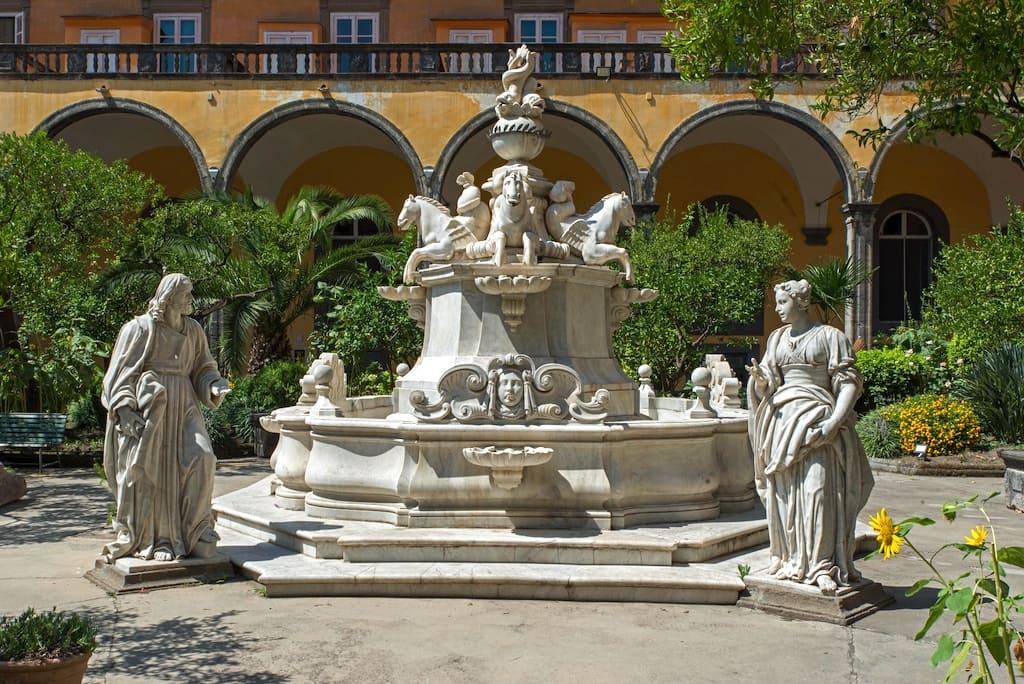 Fontana con Cristo e la Samaritana al pozzo