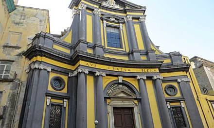 Ruota degli Esposti a Forcella e Basilica dell'Annunziata Maggiore