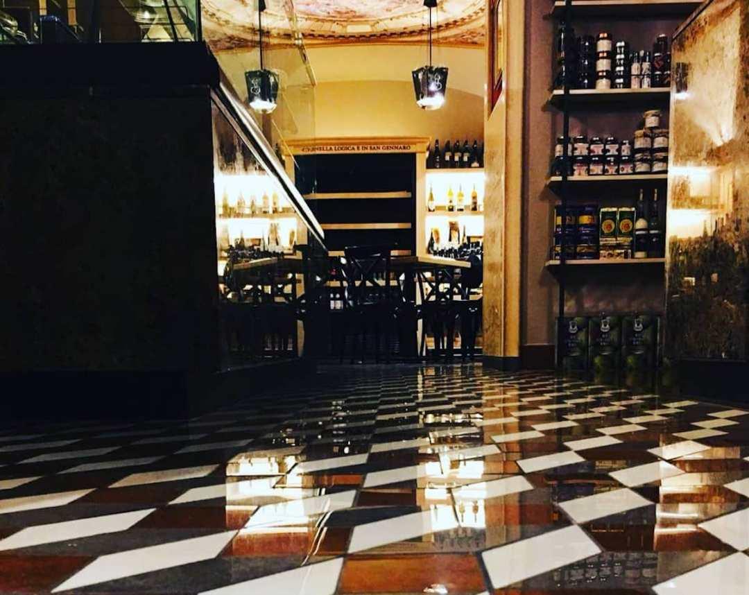 Ristorante Napoli - Januarius - il miracolo del buon gusto