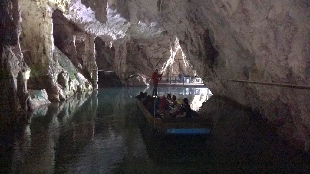 Grotte di Pertosa-Auletta, Padula