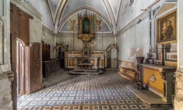 Chiesa di Santa Luciella e il teschio con le orecchie